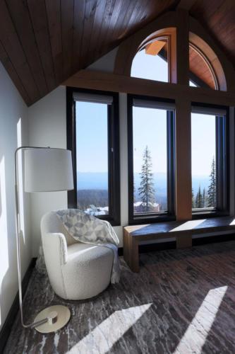 1549TC  master suite