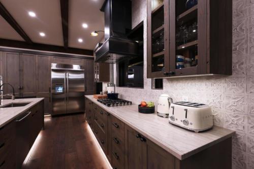 1877TC   BW  kitchen
