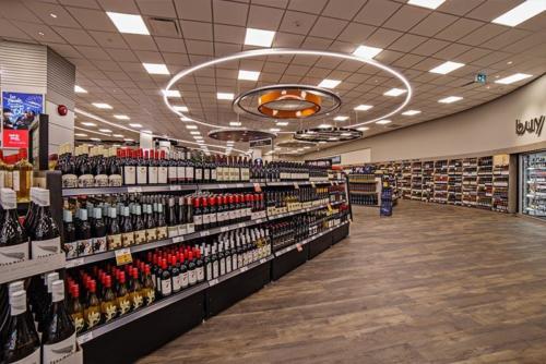 BC Liquor Store, West Vancouver